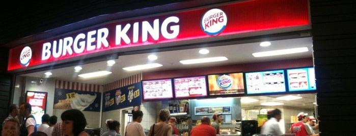 Burger King is one of Lieux sauvegardés par 💍🌹Aslı.
