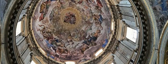Cappella Del Tesoro Di San Gennaro is one of Napoli.