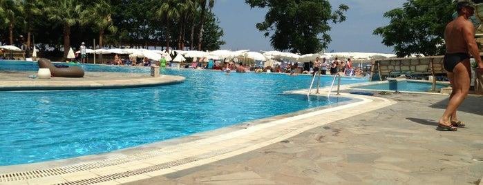 Pool Bar is one of Locais salvos de Ramazan.