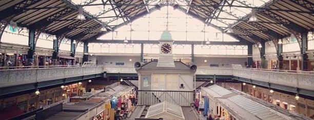 Cardiff Market is one of Locais curtidos por Adam.