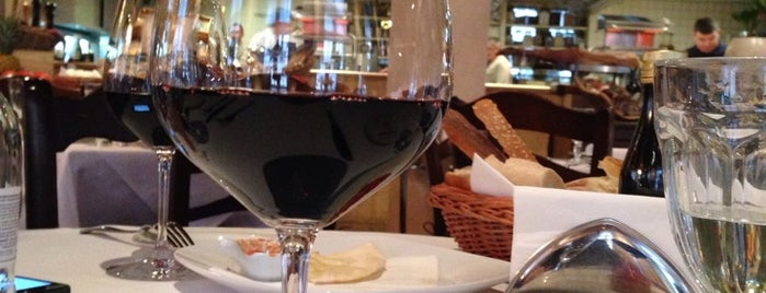 Cantinetta Antinori is one of Moscow TOP places.