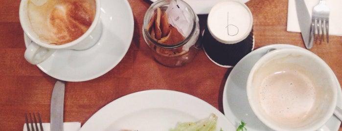 Folk Café is one of Posti che sono piaciuti a Burcu.