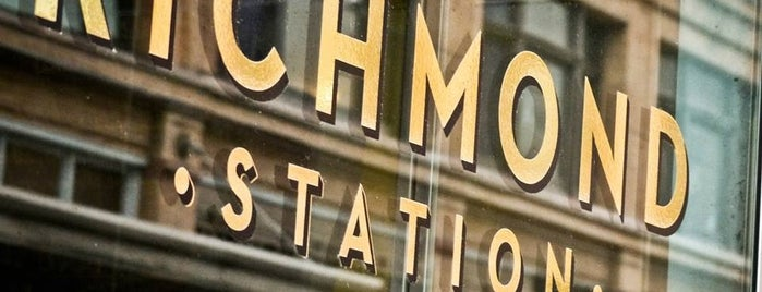 Richmond Station is one of TORONTO_ME List.