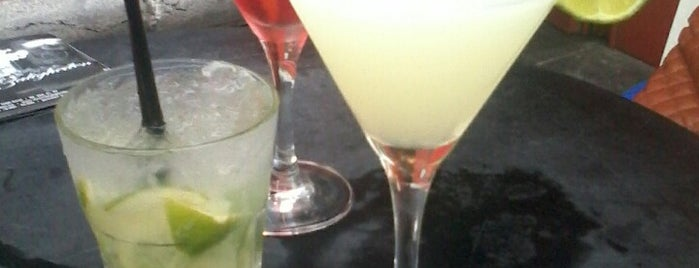 Café De Zoo is one of To Drink (Cocktails).