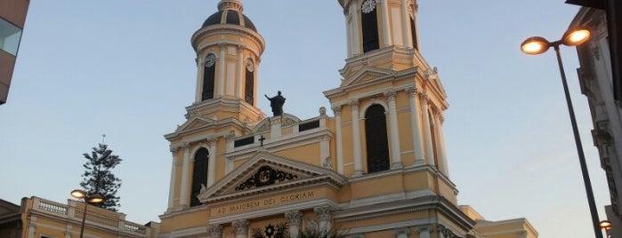 Iglesia San Ignacio de Loyola is one of Monumentos Nacionales.