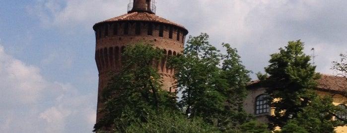 Piazza Castello is one of Posti che sono piaciuti a Cristian.