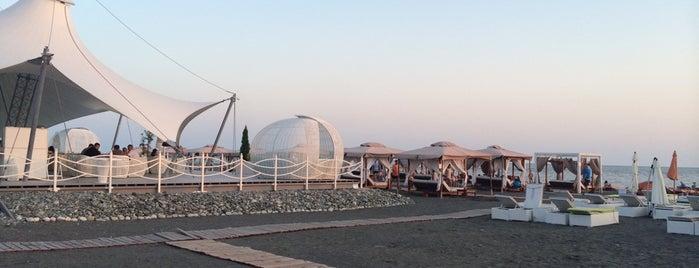 Пляж «Мандарин» is one of Gespeicherte Orte von Arina.