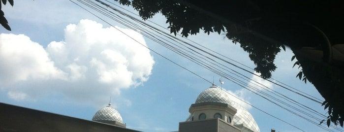 Masjid Raya Bogor is one of Iyanさんのお気に入りスポット.