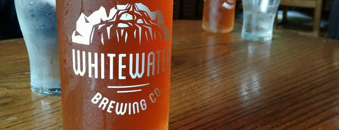 Whitewater Brewing Company is one of Locais curtidos por Lara.