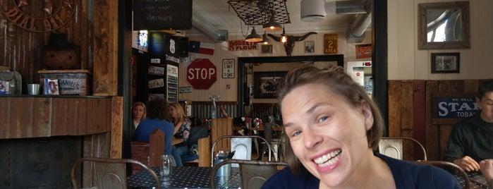Texas Barbecue Café is one of Tempat yang Disukai Torstein.