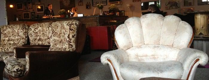 Cafe Petite is one of ICELAND / Reykjanes Peninsula.