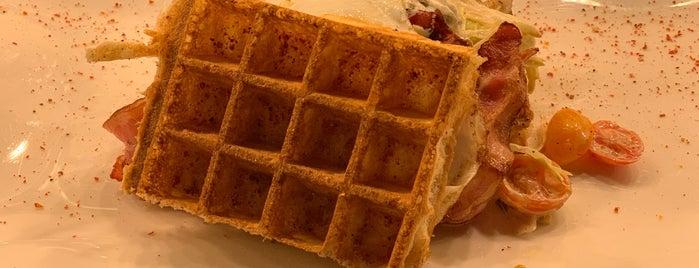 House of Waffles is one of paris-belçika-hollanda.