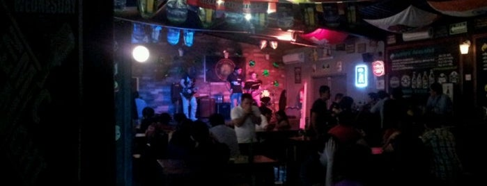 Roots Green Pub is one of [To-do] Monterrey.