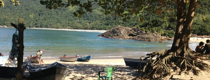 Praia do Meio is one of Paraty.