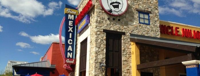 Uncle Julio's is one of สถานที่ที่ Lance ถูกใจ.