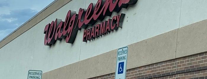 Walgreens is one of สถานที่ที่ Katherine ถูกใจ.