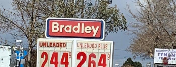 Bradley Gas is one of Kristen : понравившиеся места.