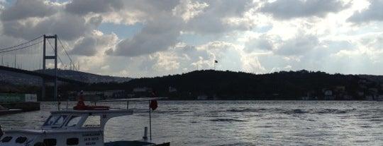 Ortaköy İskelesi is one of Lugares favoritos de Olcay.
