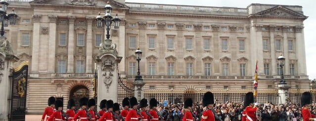 Buckingham Palace is one of United Kingdom.