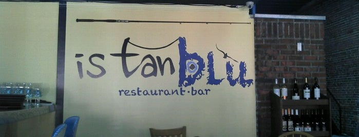 istanblu restaurant & bar is one of Tempat yang Disukai Mujdat.
