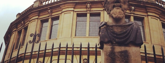 Sheldonian Theatre is one of London Favorites.