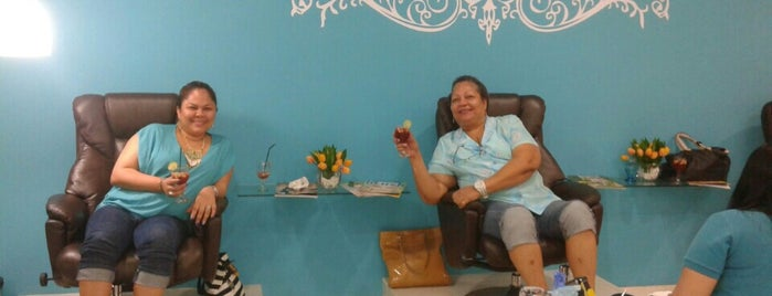The Nail Bar is one of Lugares favoritos de Indira.