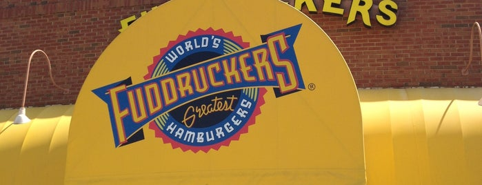 Fuddruckers is one of Orte, die Anthony gefallen.