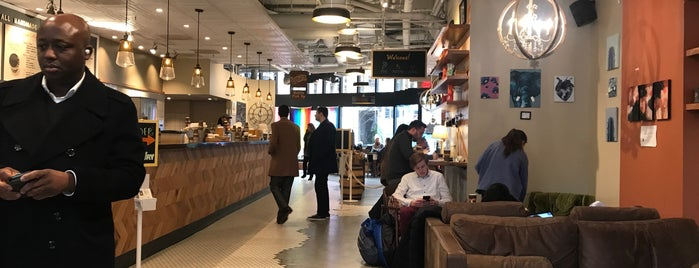 Philz Coffee is one of Crispin'in Beğendiği Mekanlar.
