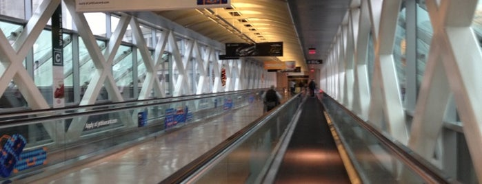 Boston Logan International Airport (BOS) is one of Foursquare City Int'l Airport.