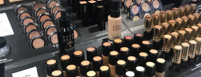 Bobbi Brown is one of Londres.