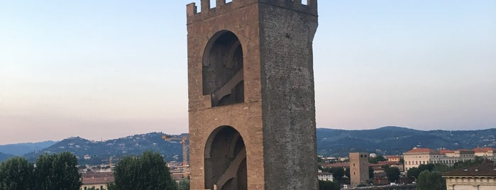 Torre San Niccolò is one of Trips / Tuscany and Lake Garda.
