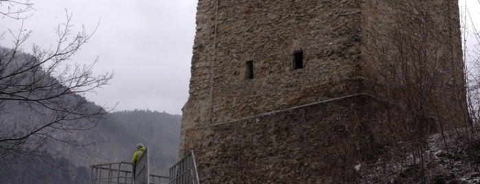 Turnul Negru is one of Tempat yang Disukai Carl.