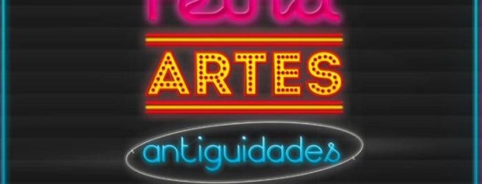 Feira de Artes, Antiguidades e Colecionismo is one of Pulgas.