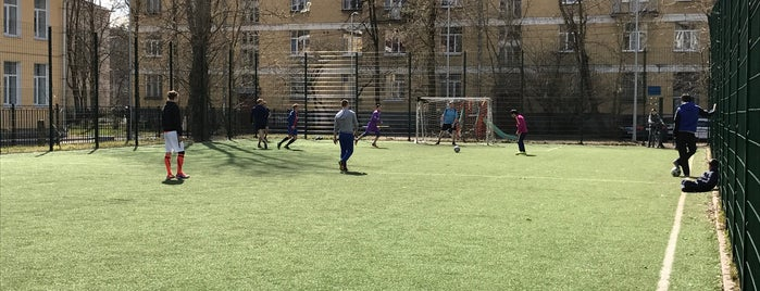 ⚽️⚽️⚽️поле на Шевченко is one of Tempat yang Disukai Pavel.