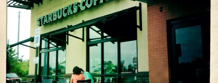 Starbucks is one of Lugares favoritos de Karima.
