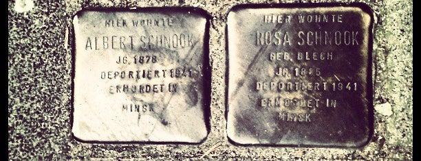 2 Stolpersteine Schnook is one of Stolpersteine 1933 - 1945.