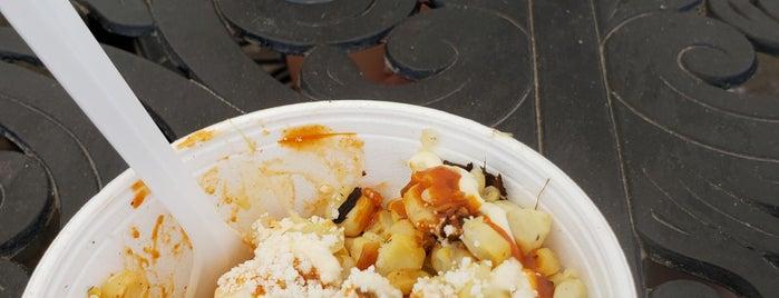 La Pulga is one of Locais curtidos por Bryan.