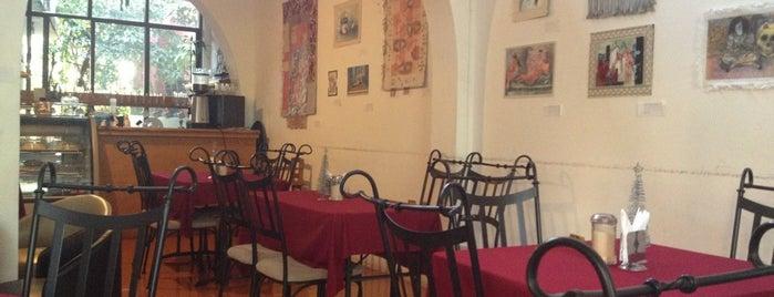 Au Petit Café is one of Para Comer en Xalapa.