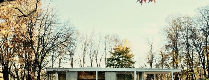 Farnsworth House is one of Chicago.