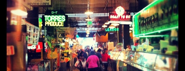 Grand Central Market is one of Beer. Food. Yum. LA..