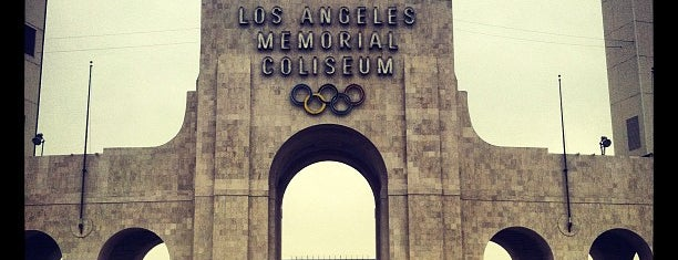 Los Angeles Memorial Coliseum is one of Experience NCAA Teams.