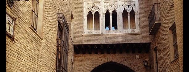 Arco del Deán is one of Locais curtidos por Álvaro.