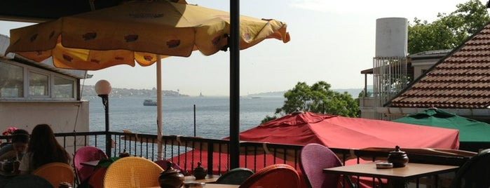 Ecrin cafe is one of Istanbul Todo.