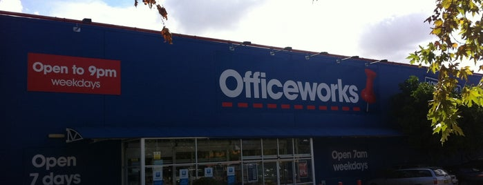 Officeworks is one of Tempat yang Disukai Matt.