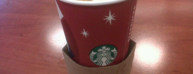 Starbucks is one of Bethさんのお気に入りスポット.