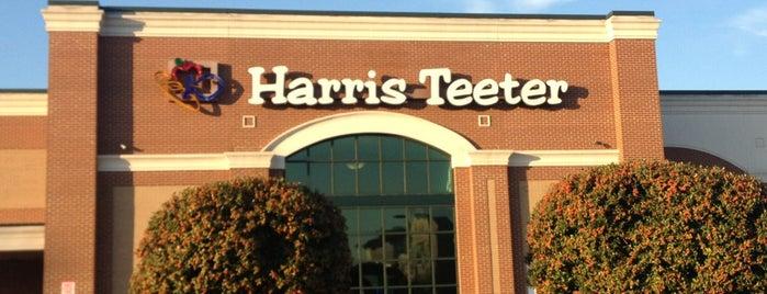 Harris Teeter is one of Lugares guardados de Christian.