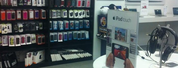 Elmacıpazarı Apple Premium Reseller is one of Türkiye'de ki Apple Mağazaları.