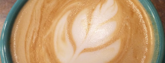 All Seasons Coffeehouse is one of Orte, die Brant gefallen.