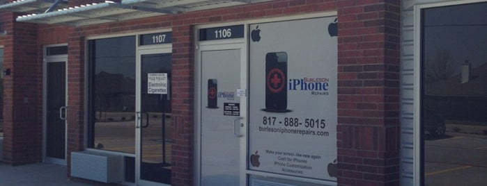 Burleson Texas iPhone Repairs is one of Locais curtidos por Cameron.