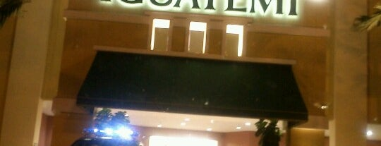 Shopping Iguatemi is one of Locais curtidos por Cesar.